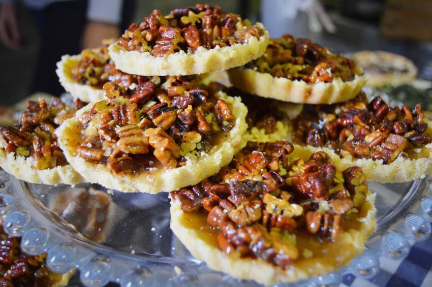 Dihana's famous pecan nut tartlets.
